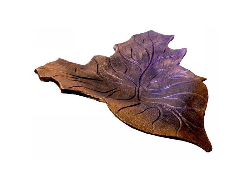 Háromágú, nagy leveles tál  :