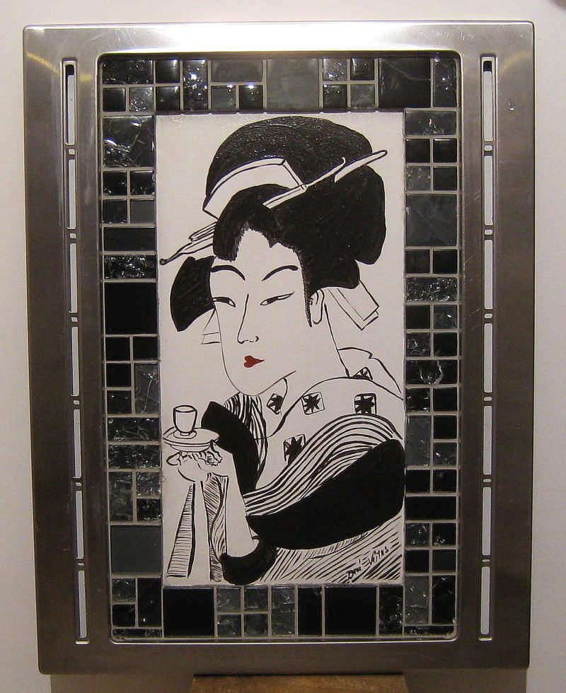 Fekete fehér japán fej : Üveg mozaik és krom keret fa tábla felhasználásával készűlt kézi fetmény