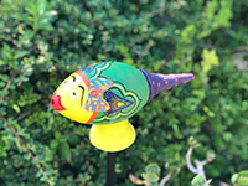 A csókos  : leszúrható kerti vidámság!!!