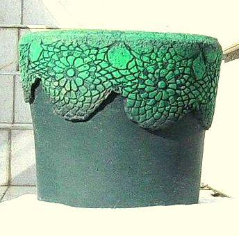 Türkíz csipkés virágcserép