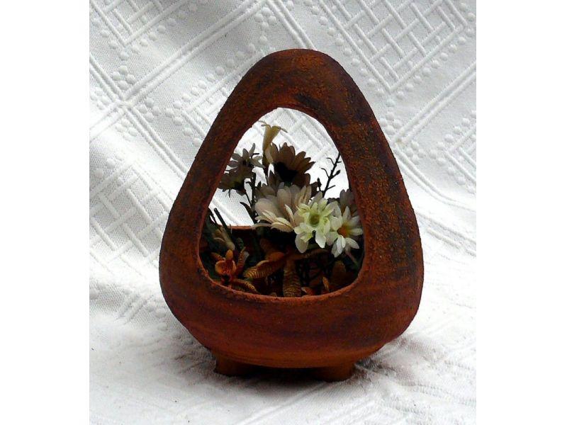 Ikebana virágtartó :