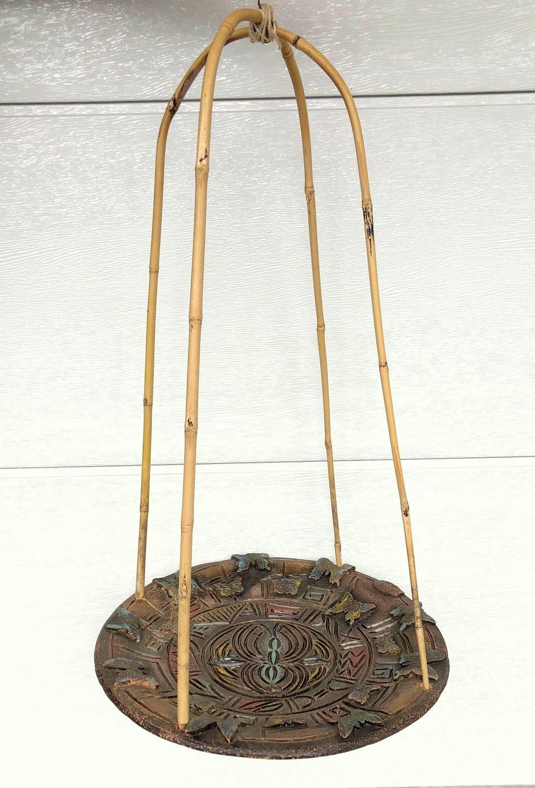 Madáritató 7 : A természetközelség a madarak etetése és itatása ...A pihenőjüket - itatójukat egy bambuszszerkezet felfüggesztésével teszünk még finomabb és különlegesebbé